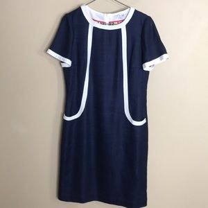 Boden Navy with white trim short sleeve dress